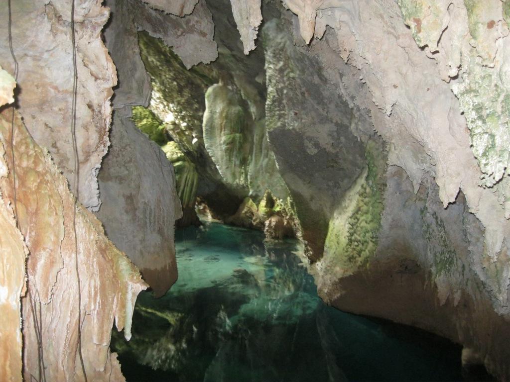 Bermuda, cave, grotto, adventure